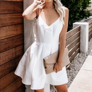 VICI pocketed white statement dress NWT